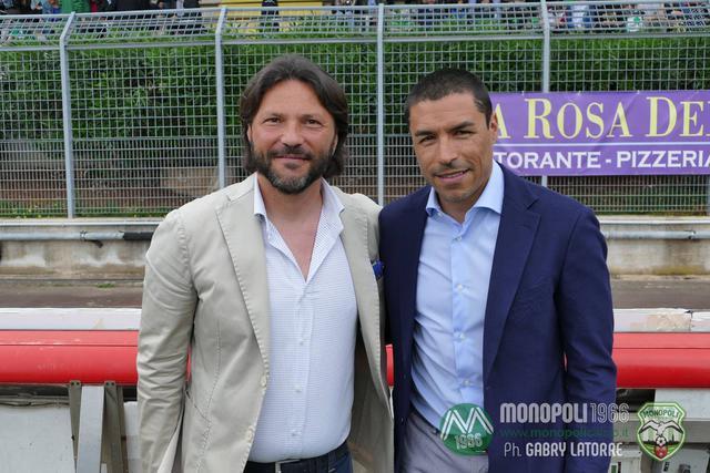 Alessandro Laricchia con Ivan Ramiro Cordoba, ex stella dell'Inter presente al Veneziani in occasione della sfida col Lecce
