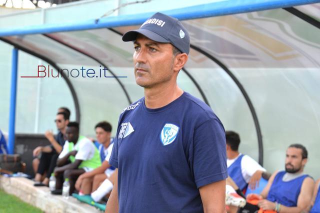 Massimiliano Olivieri, allenatore del Brindisi, nella foto Franco Capriglione