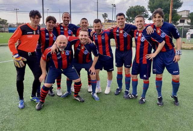 La squadra degli ingegneri che ha trionfato nella Pro Cup 2019 di Futsal
