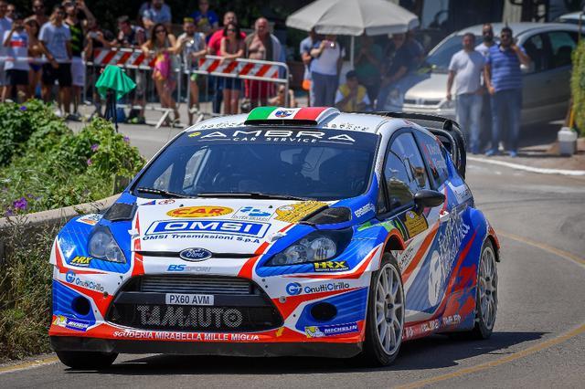 Foto  (di Leonardo D'Angelo): I vincitori della gara, Stefano Albertini e Danilo Fappani su Ford Fiesta WRC