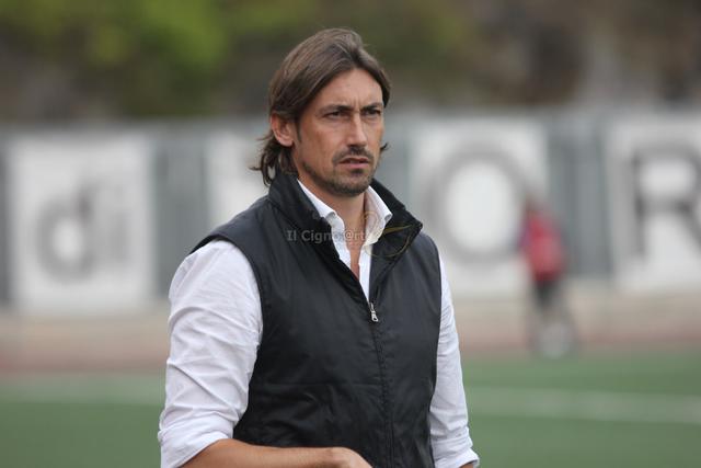 Gigi Panarelli, allenatore del Taranto