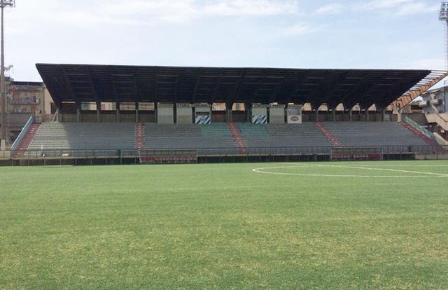 Una veduta dello stadio di Gela
