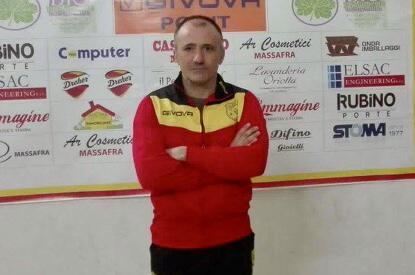 Cristofaro, allenatore della Juniores del Massafra