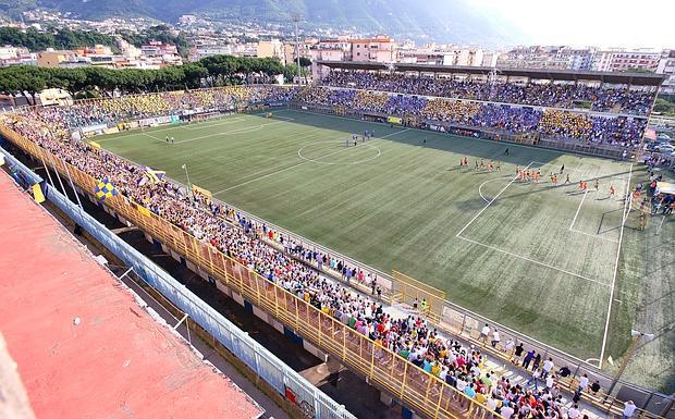 Lo stadio 'Romeo Menti' di Castellammare di Stabia