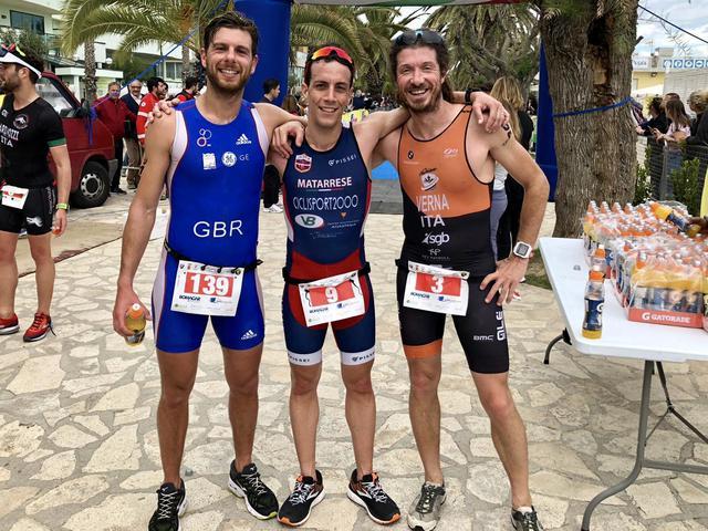 Nella foto i tre atleti finiti sul podio