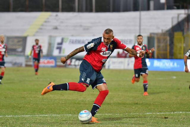 Castaldo ha firmato il pareggio su calcio di rigore - Foto Giuseppe Scialla/Sportcasertano