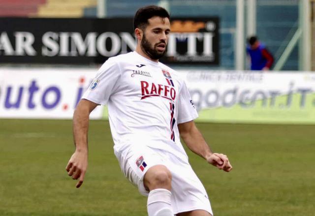 Damiano Menna, difensore del Taranto - Foto Franco Capriglione