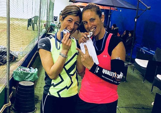 Da sinistra: Simona Ceglie e Rossella Stefanelli, campionesse regionali di doppio