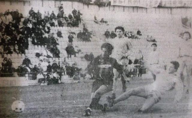 Stagione 1989-90: Il gol del tarantino Agostini. La sfida terminò 1-1