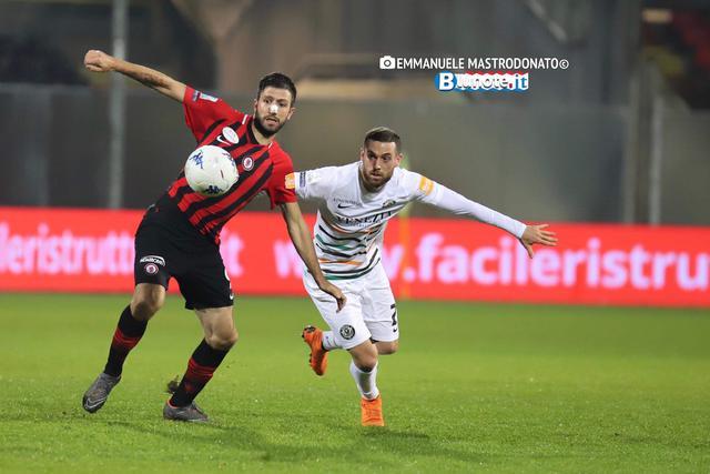 Pietro Ienmello è tornato al gol su rigore, ma non è bastato per la vittoria