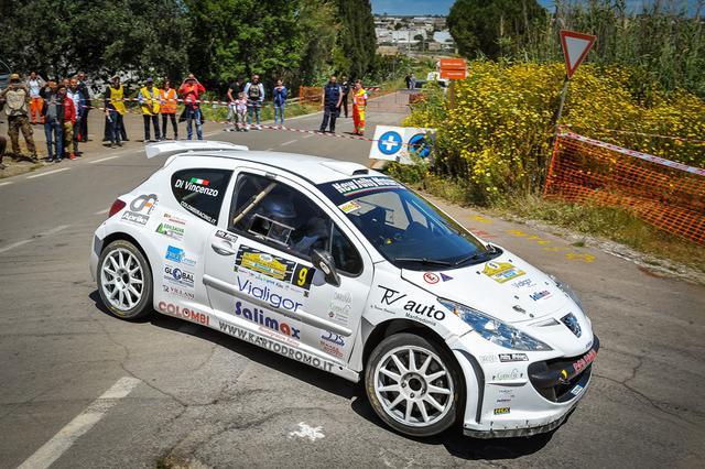Foto Leonardo DAngelo:  23° Rally Città di Casarano. Giuseppe Bergantino e Michela Di Vincenzo detentori del titolo di zona nella Coppa Rally Acisport