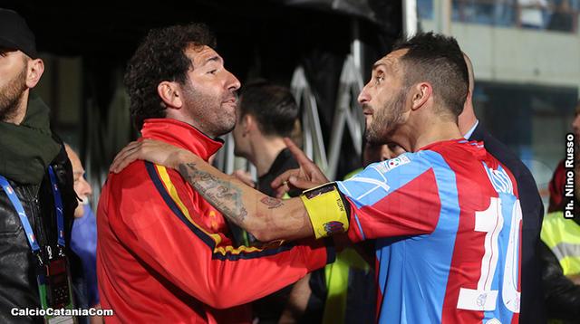 Tensione a fine gara tra Fabio Caserta, tecnico della Juve Stabia, e Francesco Lodi, centrocampista del Catania