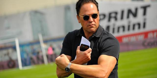 Mike Piazza, presidente della Reggiana, scagliatosi contro le istituzioni del calcio dopo il bruciante ko di Siena