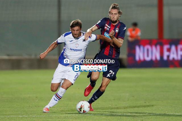 Una fase di Crotone-Sampdoria 1-3