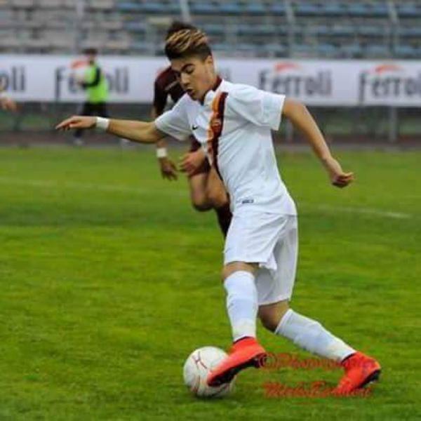 Ivan Squerzanti con la maglia della Roma
