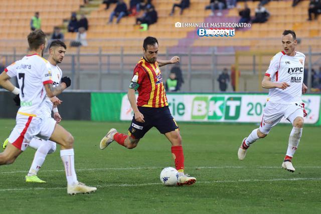 Marco Mancosu, il suo gol non è bastato al Lecce per battere il Benevento