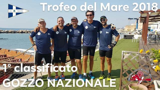 L'equipaggio maschile della Lega Navale Taranto