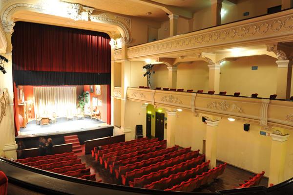 Il cinema teatro Nuovo di Martina Franca - Foto Martina Sera