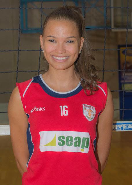 Jacqueline Do Nascimento