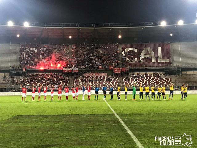 """Il derby del """"Garilli"""" © Piacenza Calcio 1919"""