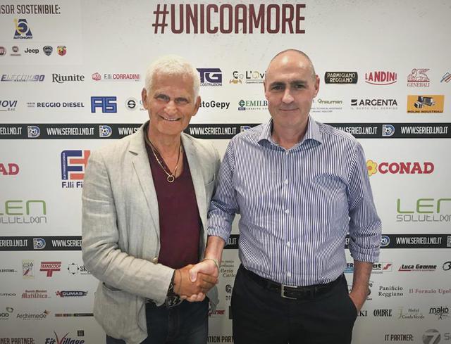 Alessandro Melli (a destra) assieme al responsabile del vivaio Vittorio Cattani