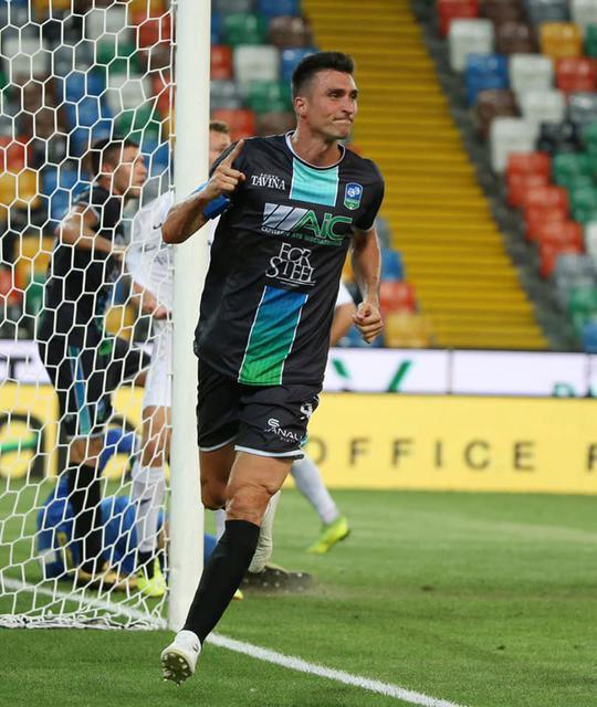 Secondo gol in campionato per Andrea Caracciolo con la FeralpiSalò