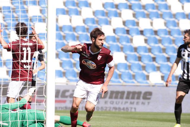 Zamparo dopo la rete del 3-0 contro il Fanfulla dello scorso 28 aprile