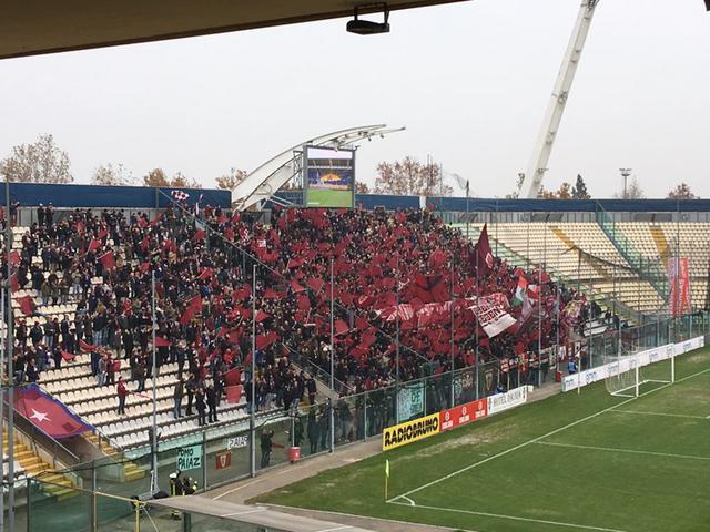 """I tifosi granata sono nuovamente pronti ad occupare il settore ospiti dello stadio """"Braglia"""""""