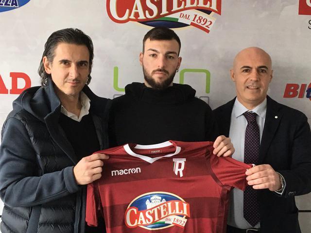 Dammacco con Cristiano Giaroni (sinistra) e Rocco Russo (destra)