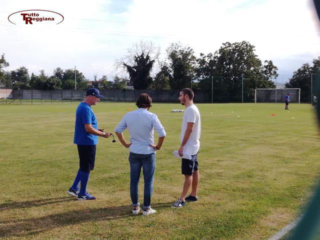 Venturi (a destra) con il team manager Malpeli e mister Alvini