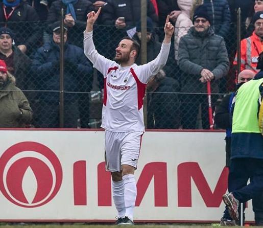 Bernasconi ancora decisivo nonostante l'errore dal dischetto © Lentigione Calcio