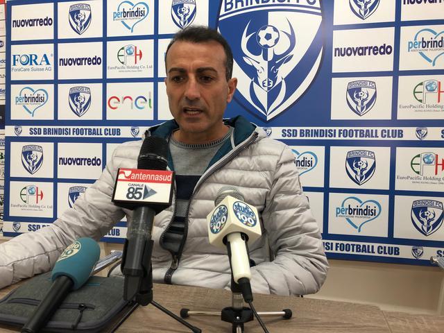 L'allenatore del Brindisi Massimiliano Olivieri - fotobrindisimagazine.it